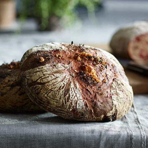 Rödbetsbröd med getost & timjan