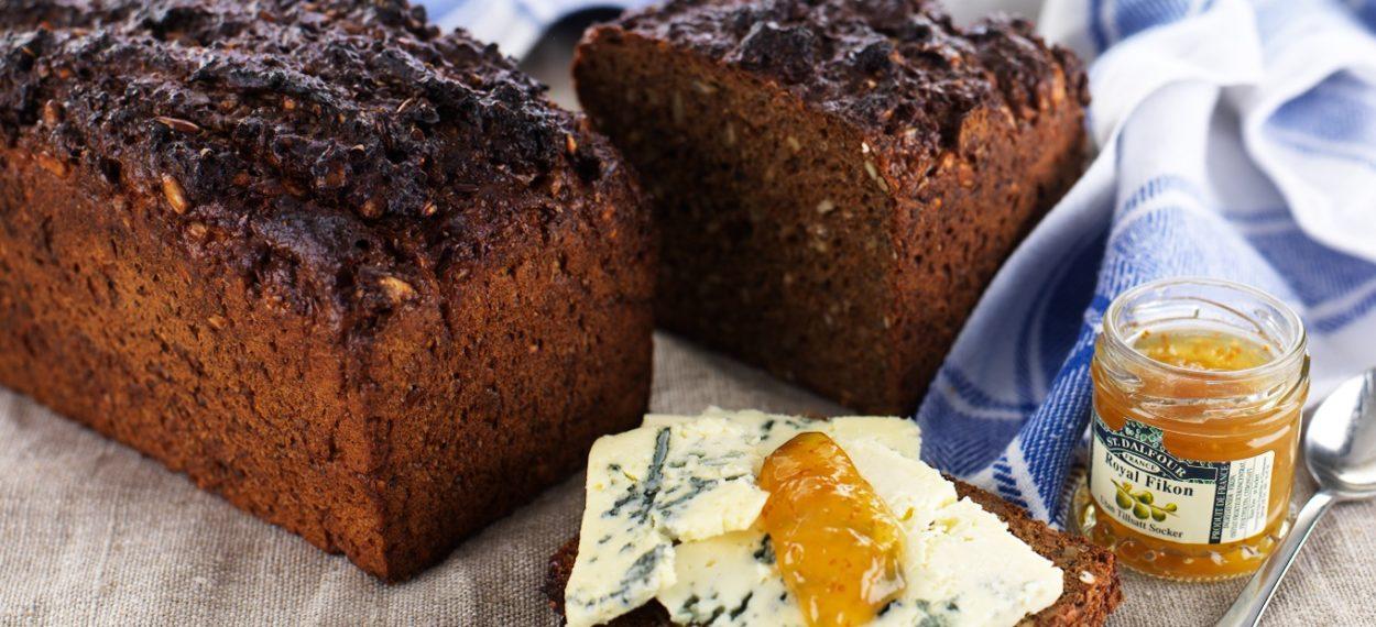 bröd med rågmjöl utan vetemjöl