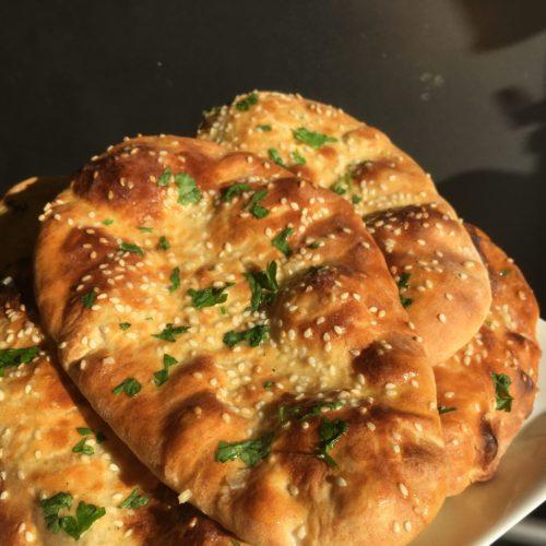 Naanbröd med surdeg