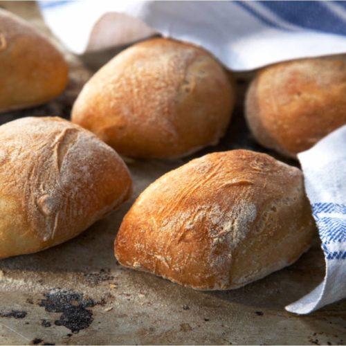 grovt brytbröd i långpanna