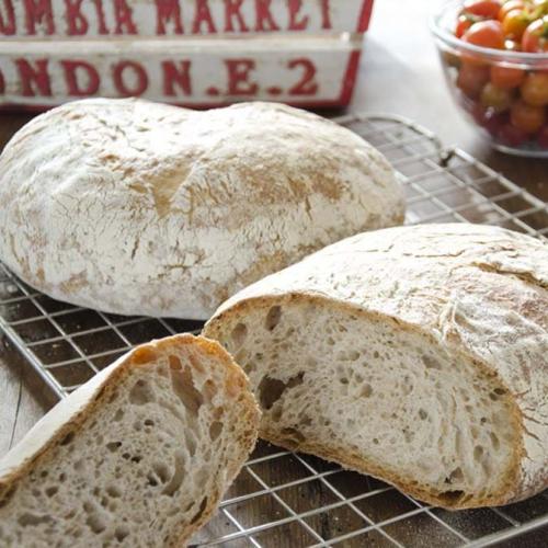 Franskt lantbröd med surdeg